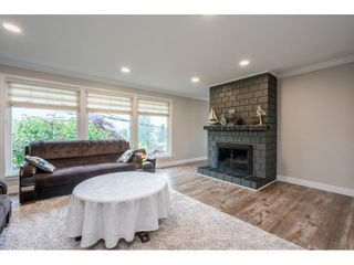 """Photo 7: 7731 DUNSMUIR Street in Mission: Mission BC House for sale in """"Heritage Park Area"""" : MLS®# R2597438"""