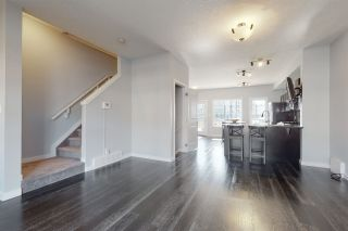 Photo 4: 14 5873 MULLEN Place in Edmonton: Zone 14 Townhouse for sale : MLS®# E4233910