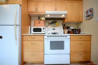 Photo 10: 3402 Henderson Rd in VICTORIA: OB Henderson House for sale (Oak Bay)  : MLS®# 696340
