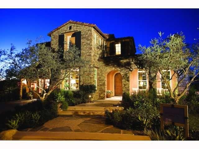 Photo 11: Photos: EAST ESCONDIDO House for sale : 5 bedrooms : 2797 Vistamonte in Escondido
