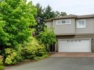 Photo 32: 62 118 Aldersmith Pl in VICTORIA: VR Glentana Row/Townhouse for sale (View Royal)  : MLS®# 817388