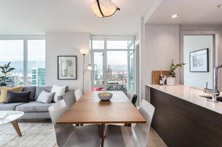 Photo 2: 2210 161 W GEORGIA Street in Vancouver: Downtown VW Condo for sale (Vancouver West)  : MLS®# R2618014