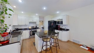 """Photo 17: 6086 TEICHMAN Crescent in Prince George: Hart Highlands House for sale in """"Hart Highlands"""" (PG City North (Zone 73))  : MLS®# R2567505"""
