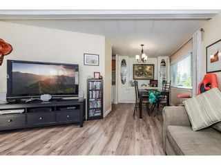 "Photo 2: 186 3665 244 Street in Langley: Otter District Manufactured Home for sale in ""LANGLEY GROVE ESTATES"" : MLS®# R2340190"