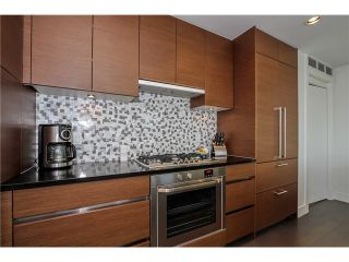 Photo 1: # 2703 565 SMITHE ST in Vancouver: Downtown VW Condo for sale (Vancouver West)  : MLS®# V1138496