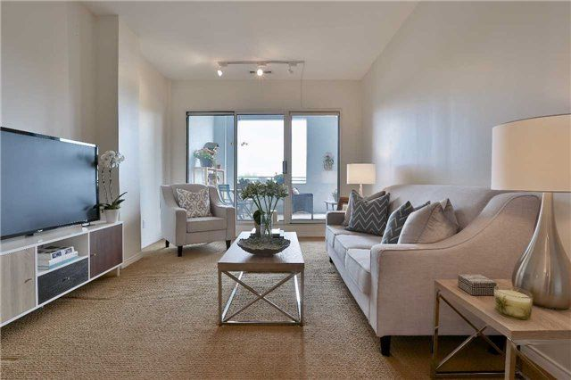 Photo 5: Photos: 301 600 E Eglinton Avenue in Toronto: Mount Pleasant East Condo for sale (Toronto C10)  : MLS®# C3815642