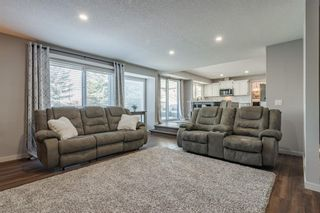 Photo 16: 884 Coach Side Crescent SW in Calgary: Coach Hill Detached for sale : MLS®# A1105957
