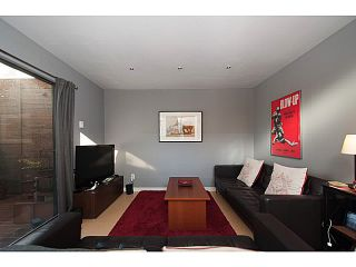 """Photo 5: 3 503 E PENDER Street in Vancouver: Mount Pleasant VE Townhouse for sale in """"Jackson Gardens"""" (Vancouver East)  : MLS®# V1035790"""