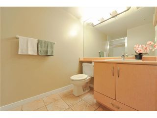 """Photo 13: 1502 6659 SOUTHOAKS Crescent in Burnaby: Highgate Condo for sale in """"GEMINI II"""" (Burnaby South)  : MLS®# V1099936"""