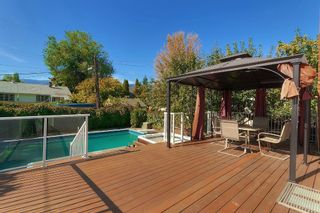 Photo 6: 1816 Maple Street in Kelowna: Kelowna South House for sale : MLS®# 10109538