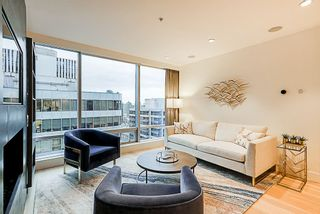 """Photo 9: 2207 1111 ALBERNI Street in Vancouver: West End VW Condo for sale in """"Shangri-La"""" (Vancouver West)  : MLS®# R2335303"""