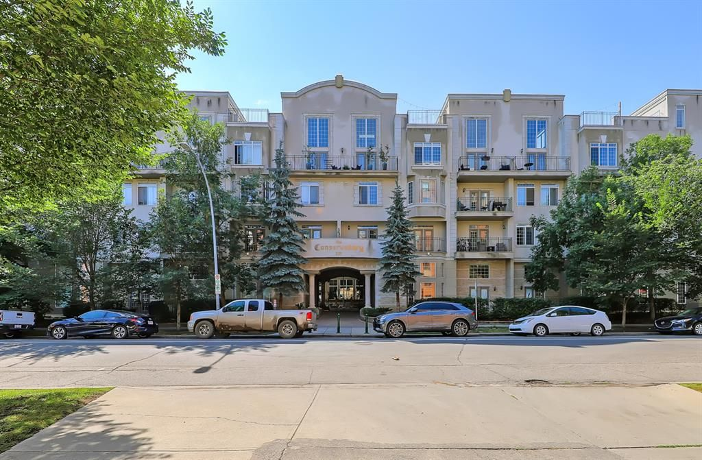 Main Photo: 208 527 15 Avenue SW in Calgary: Beltline Apartment for sale : MLS®# A1140763