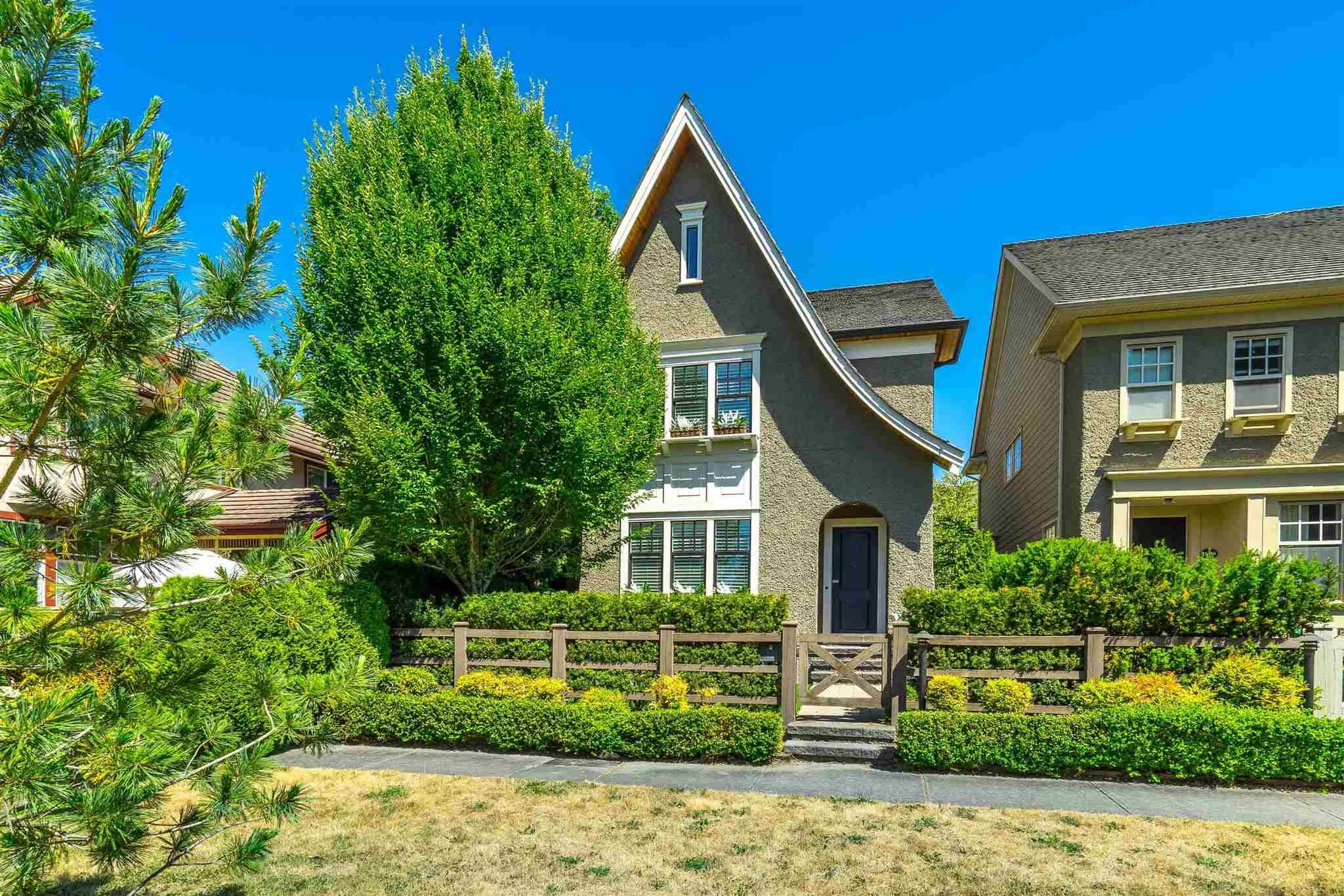 """Main Photo: 15363 34 Avenue in Surrey: Morgan Creek House for sale in """"Rosemary Heights"""" (South Surrey White Rock)  : MLS®# R2598308"""
