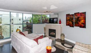 Photo 2: 304 1630 W 1ST AVENUE in Vancouver: False Creek Condo for sale (Vancouver West)  : MLS®# R2454052