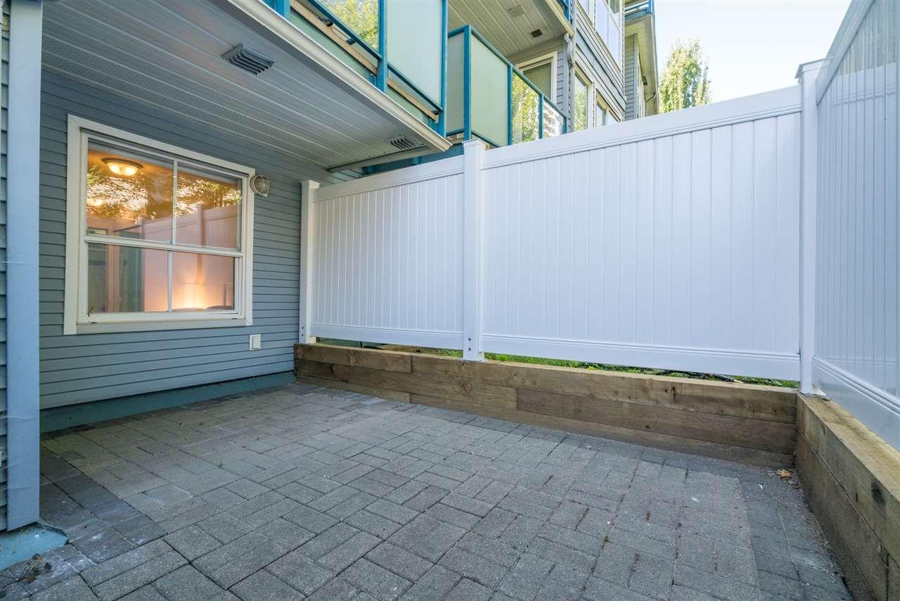 "Photo 19: Photos: 111 14885 100TH Avenue in Surrey: Guildford Condo for sale in ""the Dorchester"" (North Surrey)  : MLS®# R2295694"