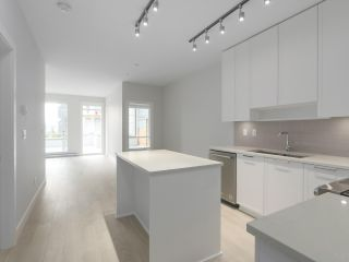 "Photo 3: 107 1768 GILMORE Avenue in Burnaby: Brentwood Park Condo for sale in ""Escala"" (Burnaby North)  : MLS®# R2398718"