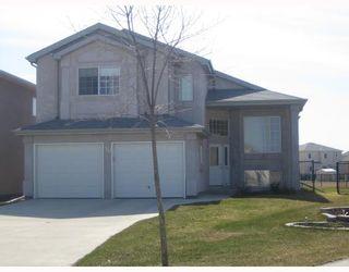 Photo 1: 30 MARSEILLES Close in WINNIPEG: West Kildonan / Garden City Residential for sale (North West Winnipeg)  : MLS®# 2807142