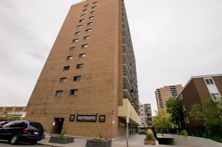 Photo 3: 1202 1330 15 Avenue SW in Calgary: Beltline Apartment for sale : MLS®# A1147852