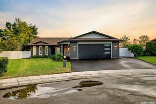 Photo 1: 123 Gathercole Crescent in Saskatoon: Silverwood Heights Residential for sale : MLS®# SK864468
