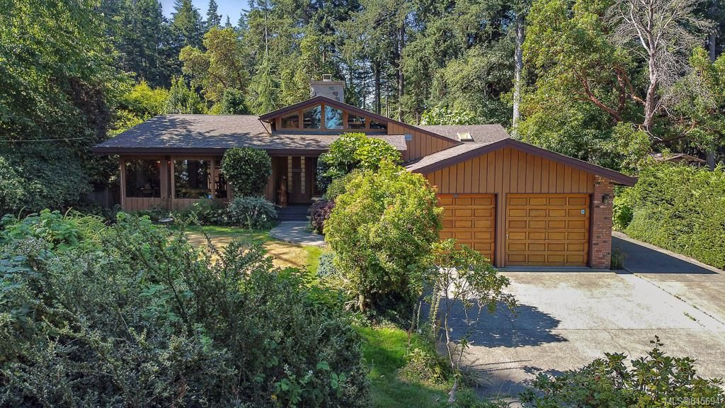 Main Photo: 257 Dutnall Rd in : Me Albert Head House for sale (Metchosin)  : MLS®# 845694