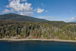"Photo 3: Lot 4 OCEAN BEACH Esplanade in Gibsons: Gibsons & Area Land for sale in ""Bonniebrook/Chaster Beach"" (Sunshine Coast)  : MLS®# R2347212"