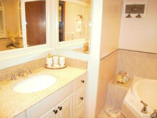 Photo 12: 12 The Bridle Path in WINNIPEG: Charleswood Residential for sale (South Winnipeg)  : MLS®# 1320158