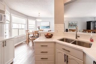 Photo 13: 18 SOMERSIDE Close SW in Calgary: Somerset House for sale : MLS®# C4174263