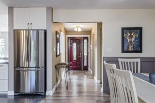 Photo 9: 243 Parkwood Close SE in Calgary: Parkland Detached for sale : MLS®# A1134335
