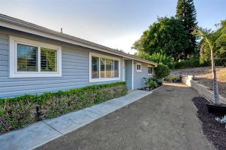 Photo 8: 445 Mimosa Ave in Vista: Residential for sale (92081 - Vista)  : MLS®# 180057934