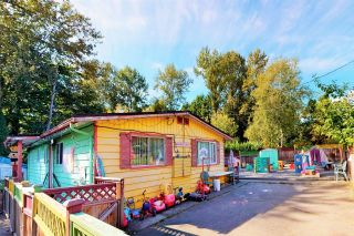 Main Photo: 1645 BEWICKE Avenue in North Vancouver: Mosquito Creek House for sale : MLS®# R2615562