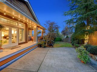 Photo 35: 6437 Fox Glove Terr in VICTORIA: CS Tanner House for sale (Central Saanich)  : MLS®# 801370