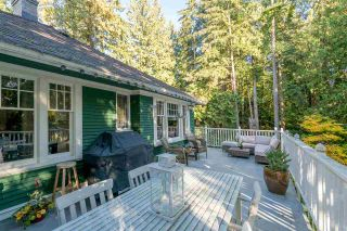 Photo 1: 461 E ST. JAMES ROAD in North Vancouver: Upper Lonsdale House for sale : MLS®# R2217635