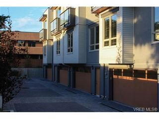 Photo 17: Fee Simple Townhome in Sidney By The Sea