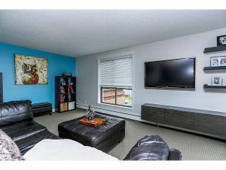 """Photo 5: 102 15265 ROPER Avenue: White Rock Condo for sale in """"WILTSHIRE"""" (South Surrey White Rock)  : MLS®# F1428825"""