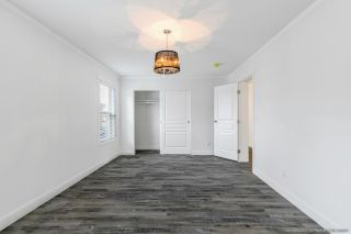 """Photo 15: 23 2303 CRANLEY Drive in Surrey: King George Corridor Manufactured Home for sale in """"Sunnyside Estates"""" (South Surrey White Rock)  : MLS®# R2550516"""