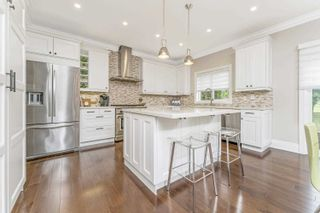 Photo 11: 4295 Couples Cres in Burlington: Rose Freehold for sale : MLS®# W5305344