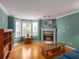 Photo 3: 103 1133 E 29TH STREET in North Vancouver: Lynn Valley Condo for sale : MLS®# R2047477