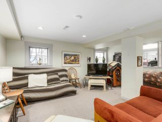 """Photo 19: 4855 COLLINGWOOD Street in Vancouver: Dunbar House for sale in """"Dunbar"""" (Vancouver West)  : MLS®# R2155905"""