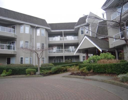 "Main Photo: 305 2020 CEDAR VILLAGE Crescent in North Vancouver: Lynn Valley Condo for sale in ""Kirkstone Gardens"" : MLS®# V803443"