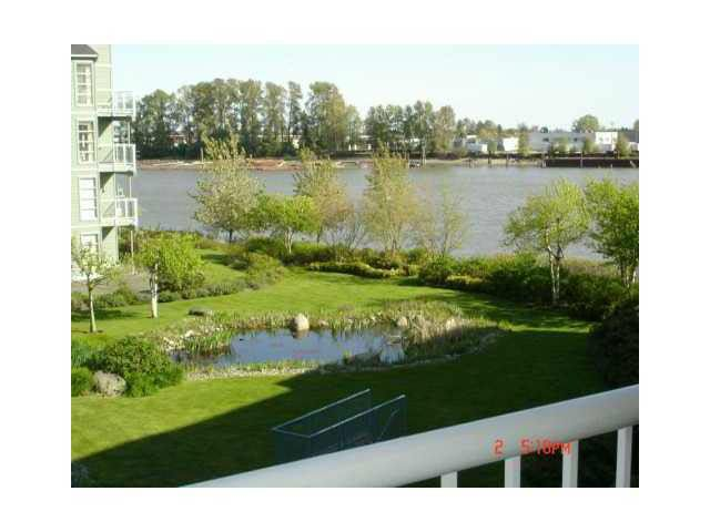 Main Photo: 314 2020 E KENT AVE SOUTH AVENUE in : South Marine Condo for sale (Vancouver East)  : MLS®# V854572