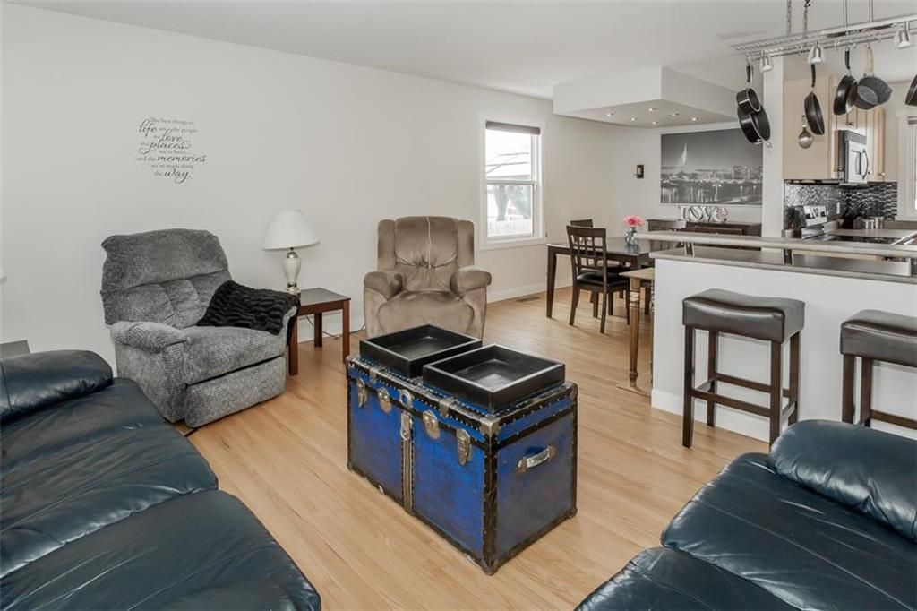 Photo 6: Photos: 93 Pike Crescent in Winnipeg: East Elmwood Residential for sale (3B)  : MLS®# 202108663