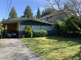 Photo 2: 6382 MALVERN Avenue in Burnaby: Buckingham Heights House for sale (Burnaby South)  : MLS®# R2353339