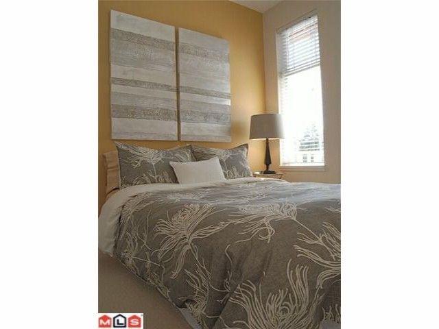 """Photo 7: Photos: 402 15368 16A Avenue in Surrey: King George Corridor Condo for sale in """"OCEAN BAY VILLAS"""" (South Surrey White Rock)  : MLS®# F1018846"""