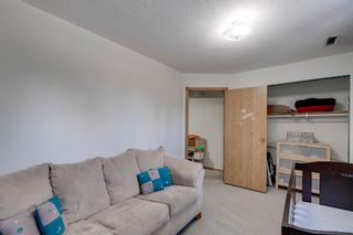 Photo 21: 711 Fonda Court SE in Calgary: Forest Heights Semi Detached for sale : MLS®# A1097814