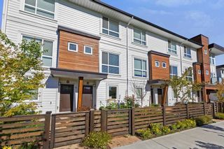 Photo 1: 11 240 JARDINE Street in New Westminster: Queensborough Townhouse for sale : MLS®# R2576158