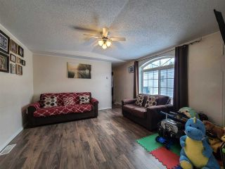 """Photo 8: 160 2500 GRANT Road in Prince George: Hart Highway Manufactured Home for sale in """"HART HIGHWAY"""" (PG City North (Zone 73))  : MLS®# R2557833"""