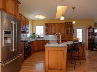 Photo 14: 1417 SABRE Court in COMOX: CV Comox (Town of) House for sale (Comox Valley)  : MLS®# 806934