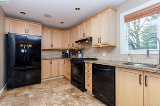 Photo 12: 3225 Mallow Crt in VICTORIA: La Walfred House for sale (Langford)  : MLS®# 836201