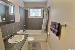 Photo 10: 582 24th Street East in Prince Albert: East Hill Residential for sale : MLS®# SK840418