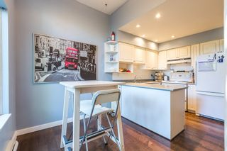 """Photo 9: 3428 WEYMOOR Place in Vancouver: Champlain Heights Townhouse for sale in """"MOORPARK"""" (Vancouver East)  : MLS®# R2116111"""